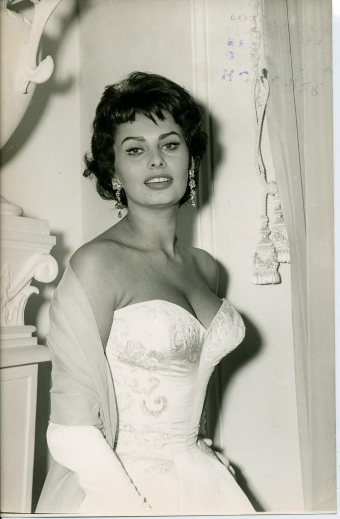 Sophia_Loren_01